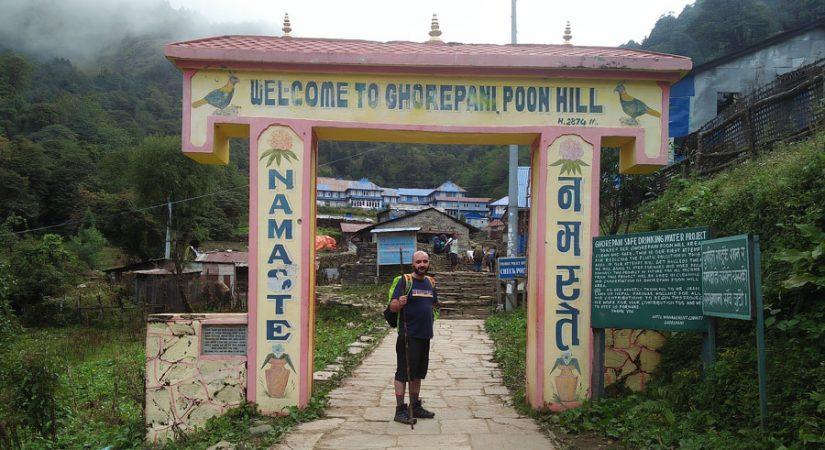 Just before reaching Ghorepani