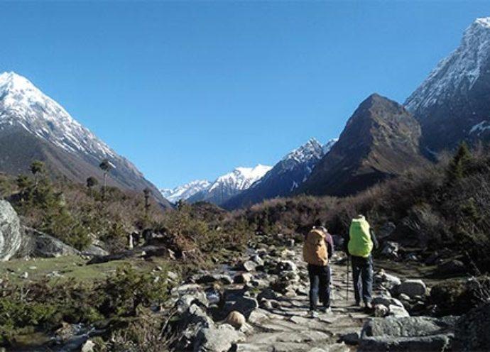 manaslu-region-trekking